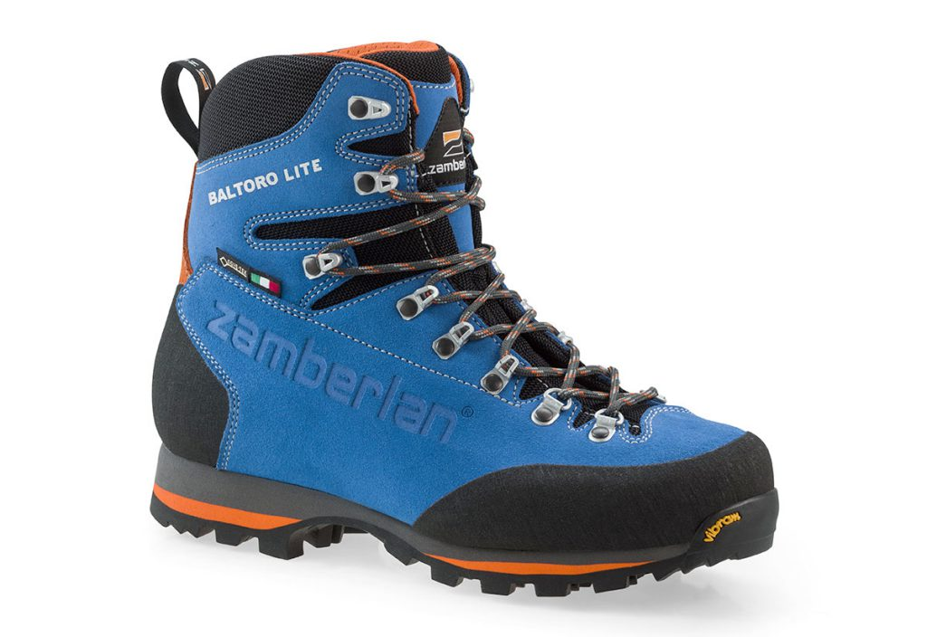 Backpacking boots Baltoro Lite GTX by Zamberlan for those looking for very light but high-performance shoes (only 625g).