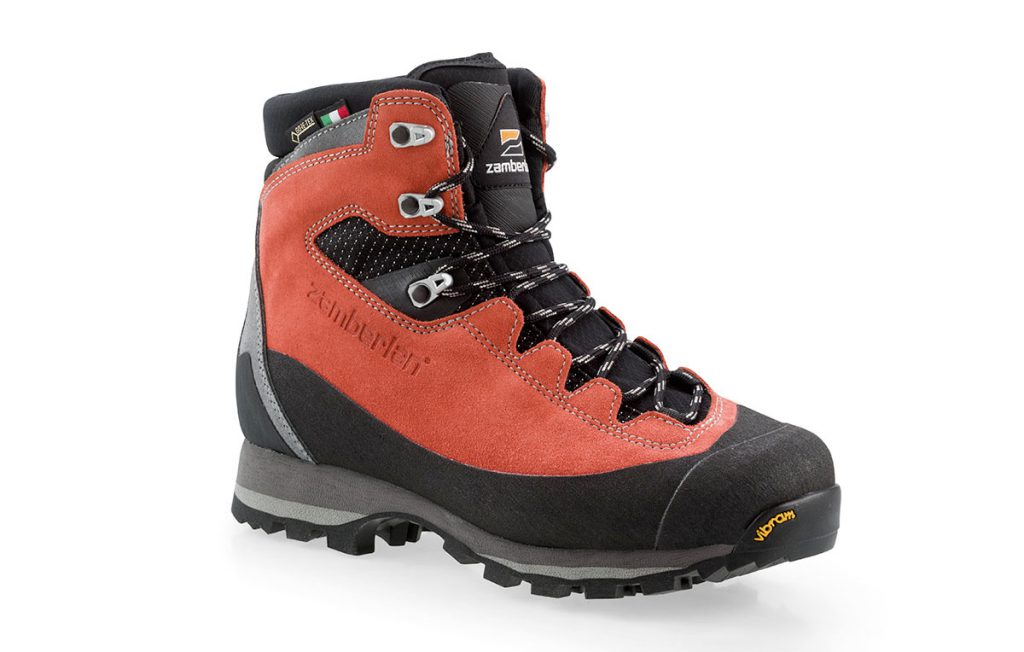Womens Hiking Boots Rosa GTX WNS by AKU designed to meet the needs of the female foot; great comfort and flexibility, recommended for hiking and backpacking.