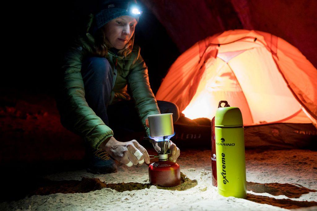 La climber polacca Aleksandra Taistra, ambassador Ferrino, è protagonista del film Gorropu che documenta la sua ripetizione di Hotel Supramonte in Sardegna.