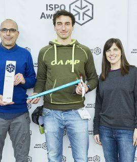 La piccozza da scialpinismo CAMP Corsa Race ha vinto l'ISPO Gold Award 2020, il più prestigioso riconoscimento mondiale per attrezzi tecnici da montagna.