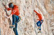 I Ragni di Lecco in arrampicata alle Cinque Torri nelle Dolomiti