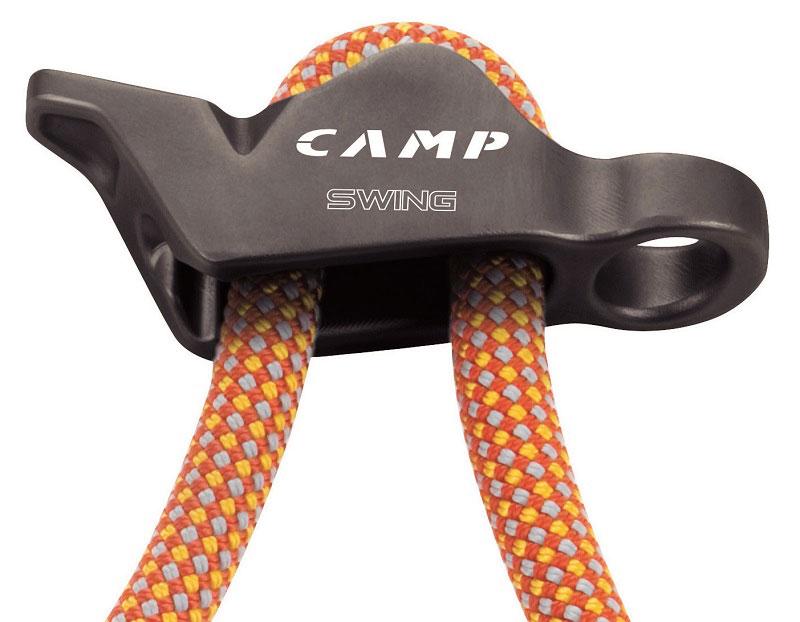 Cordino regolabile CAMP Swing per arrampicata e alpinismo, una longe funzionale che consente una facile regolazione della distanza dall'ancoraggio