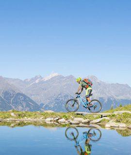 Dal 26 giugno riapriranno gli impianti in Alta Badia, nel cuore delle Dolomiti, compreso il Bike Park Moviment. Karpos ti accompagnerà nelle tue avventure.