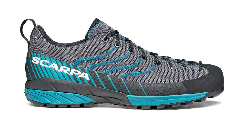 Lightweight climbing approach shoes SCARPA Mescalito KN for use on mountain paths during the summer with Vibram sole: total functionality and comfort.