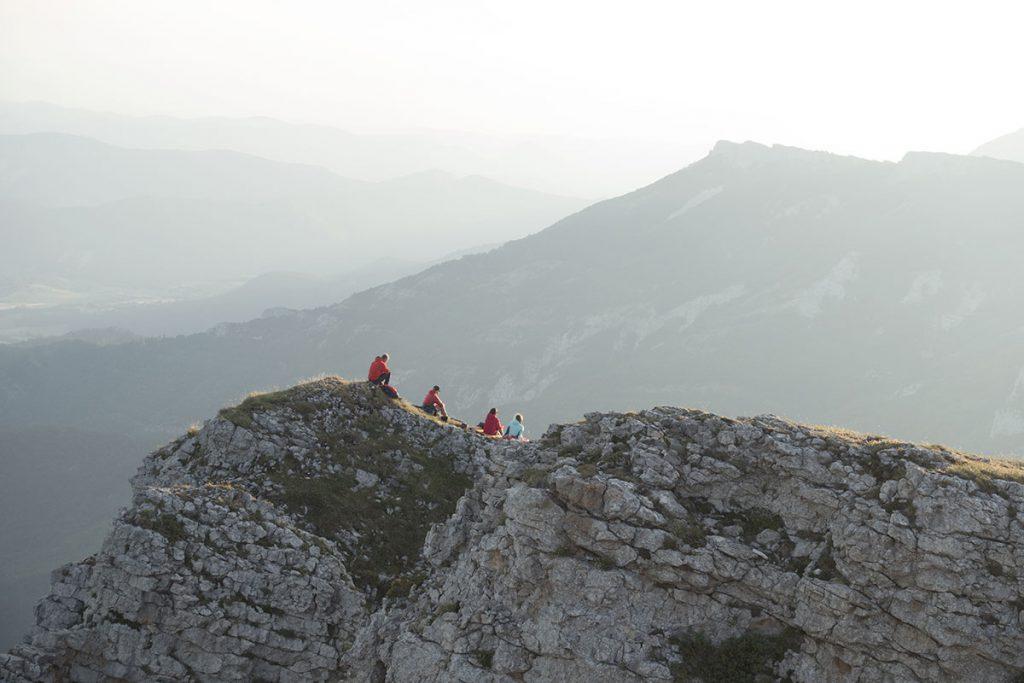 Millet Mountain presenta il nuovo video Absence per celebrare il ritorno degli appassionati del mondo outdoor tra le montagne