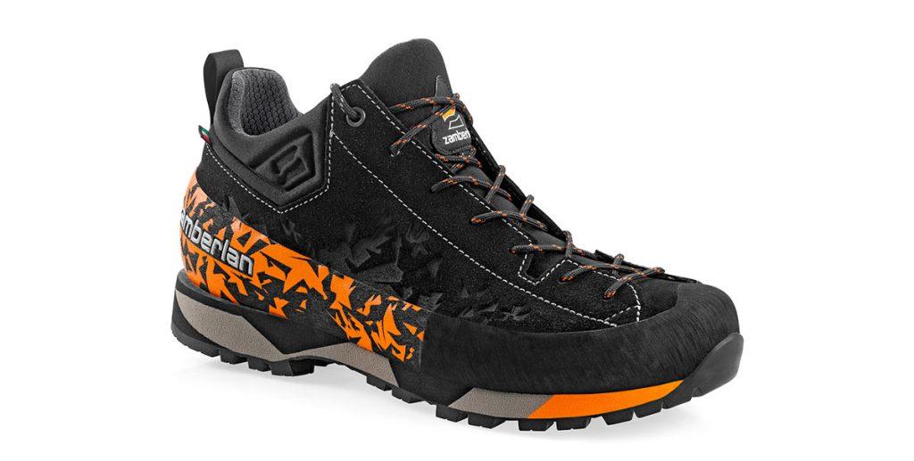 """La nuova Salathé di Zamberlan, una scarpa stabile, precisa, leggera, è stata sviluppata per soddisfare le esigenze di tutti quei consumatori che hanno bisogno di un prodotto """"dall'auto alla cima"""""""