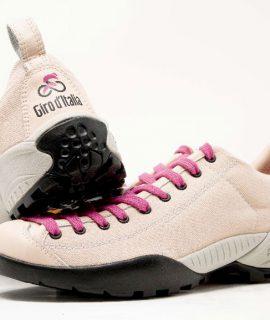 SCARPA sarà tra i fornitori ufficiali del Giro d'Italia 2020, la cui 103esima edizione partirà il 3 ottobre con una cronometro da Monreale a Palermo.