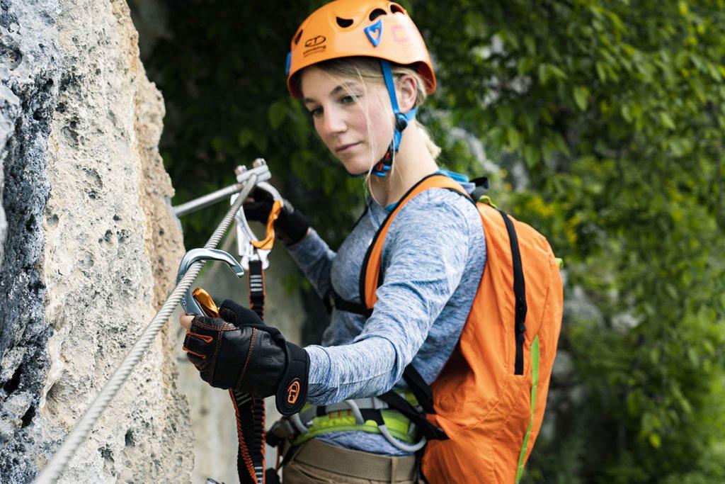 """Climbing Technology presenta le novità della stagione 2021 nel mondo """"verticale"""" dell'arrampicata e della montagna, tra cui spicca un nuovo kit da ferrata."""