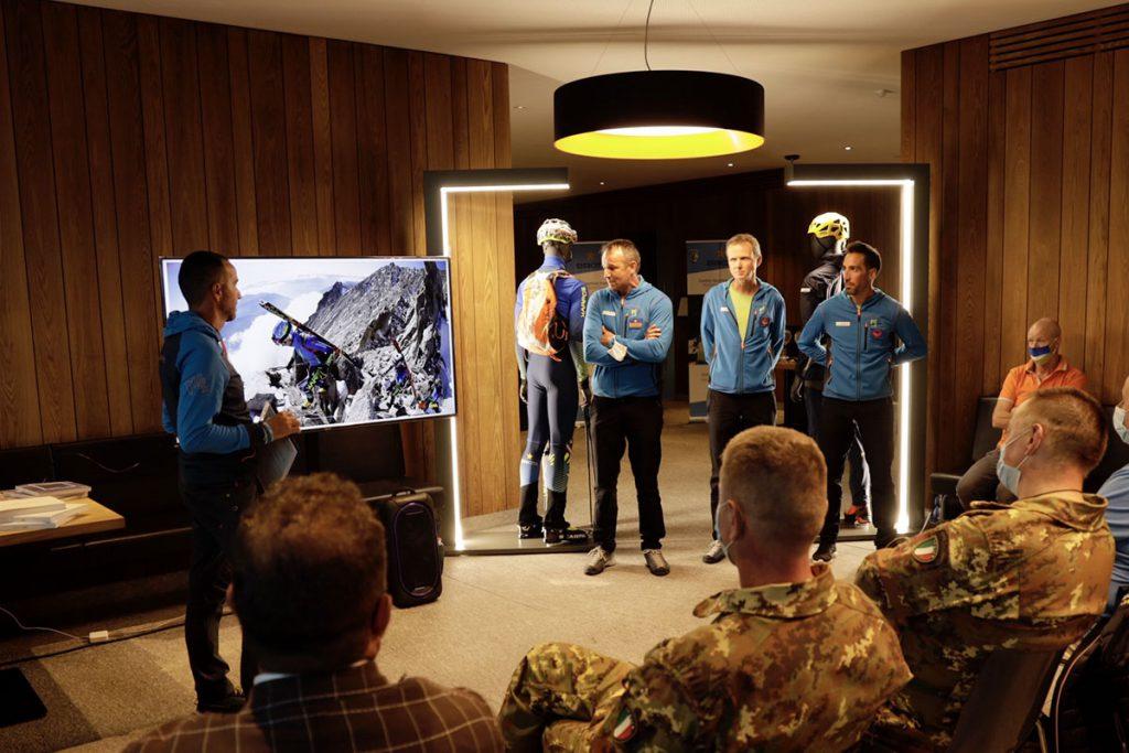 Al rifugio Piz Boé nelle Dolomiti è stata presentata la collaborazione tra Karpos e la Società Sportiva del Centro Sportivo dell'Esercito, proprio in una località cara ad entrambi, l'Alta Badia.
