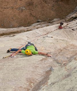 Gli atleti Karpos Matteo Della Bordella e Alessandro Zeni hanno liberato Leap of Faith sul Poncione d'Alnasca in Svizzera. © Tommaso Lammantia
