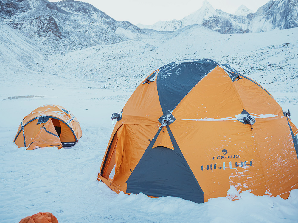 Le tende della linea Ferrino High Lab appositamente studiati per l'alpinismo estremo