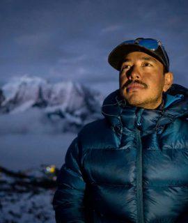 L'alpinista nepalese Nirmal Purja tenterà quest'inverno di salire il K2, l'ultima grande sfida himalayana nella stagione più difficile. SCARPA sarà al suo fianco di con gli scarponi Phantom 8000.