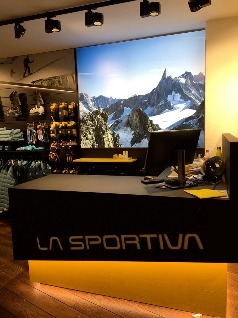 La Sportiva opens a new brand store in Courmayeur at the foot of Mt Blanc in Italy. The Trentino brand opens its tenth single-brand store in Europe