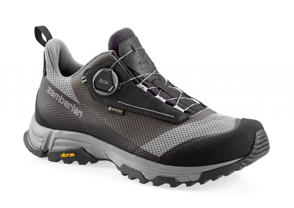 Fast hiking shoes Zamberlan Mamba Low Boa GTX with a post-use recycled fabric upper, for mountain lovers who want low environmental impact products.