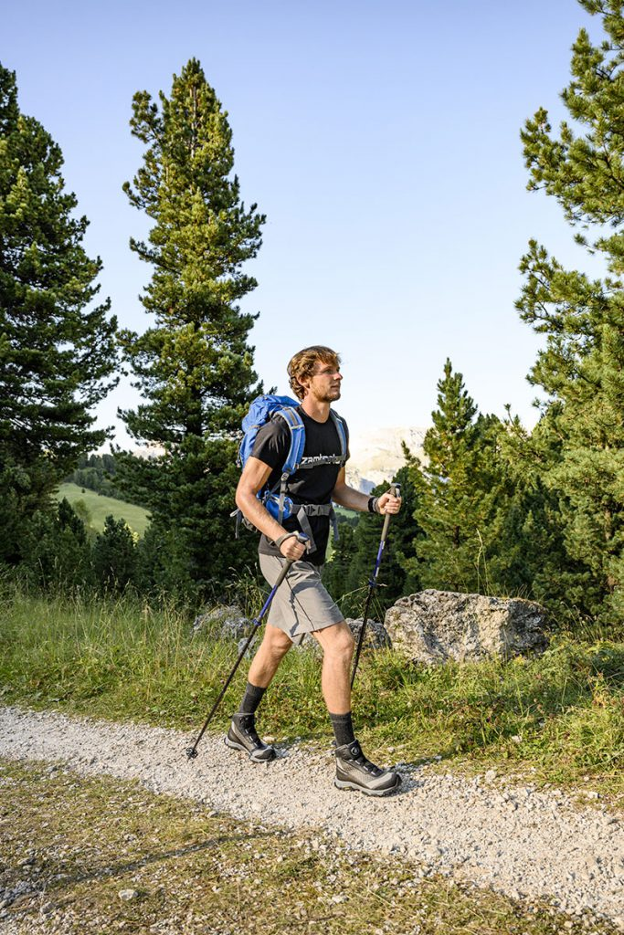 Leggere scarpe hiking Zamberlan Mamba Boa GTX, realizzate con una tomaia in tessuto riciclato post-consumo per un basso impatto ambientale.