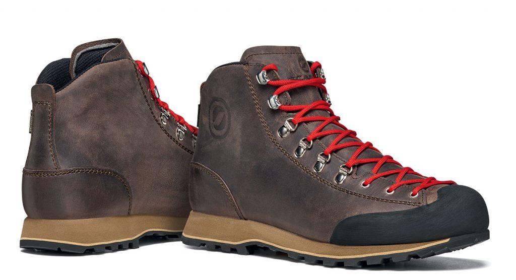 Guida City Gtx per l'Urban Outdoor: una scarpa ideale nelle giornate piovose grazie alla membrana Gore-tex e alla suola Vibram.