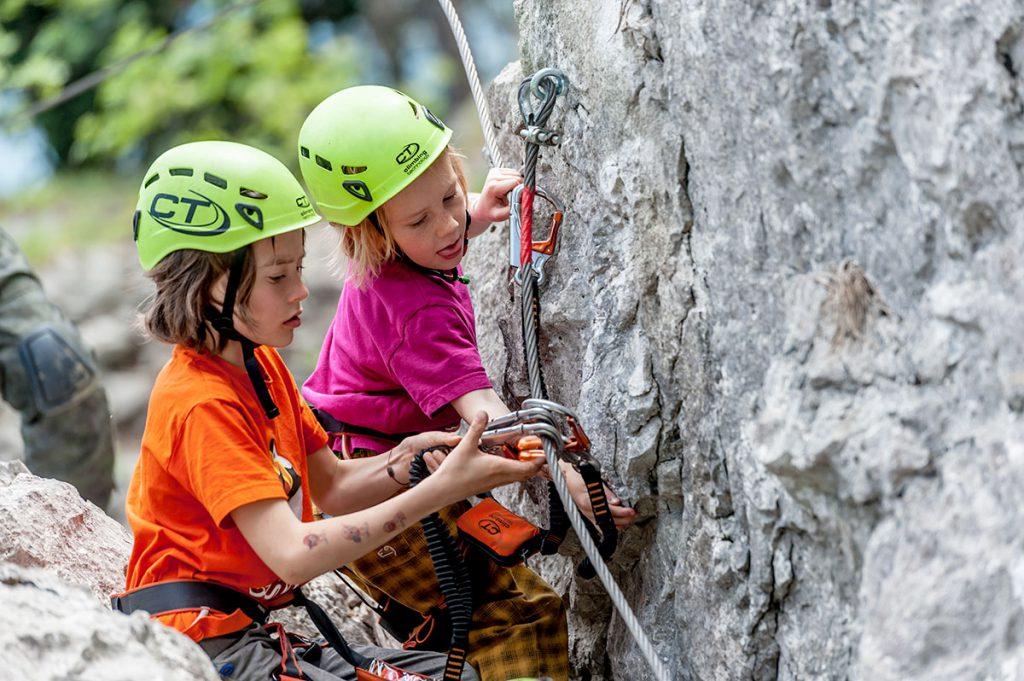 La passione per l'arrampicata vie crescendo: ecco le proposte Climbing Technology per bambini e ragazzi