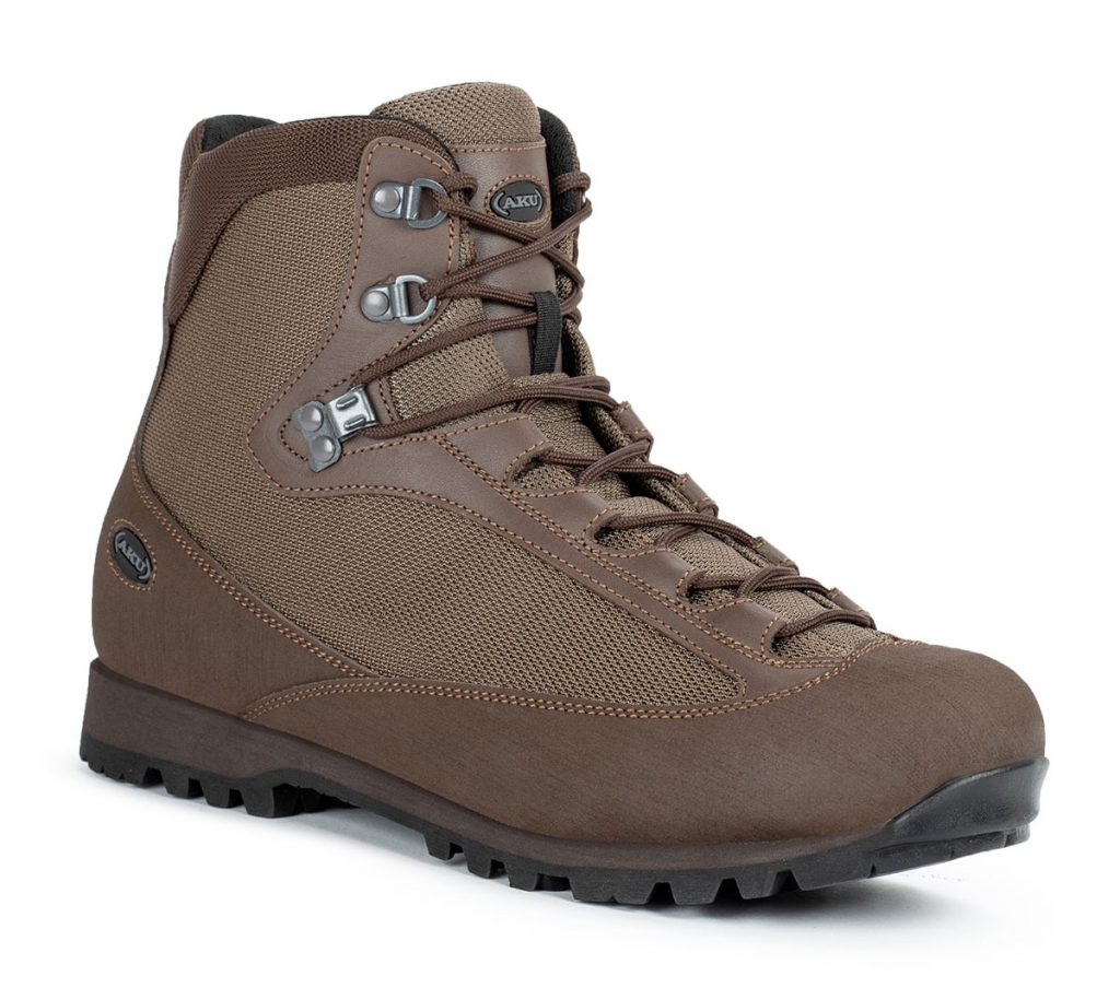 Breathable hiking boots AKU Pilgrim GTX Combat with outstanding support, stability and impact absorption for demanding and dynamic conditions.