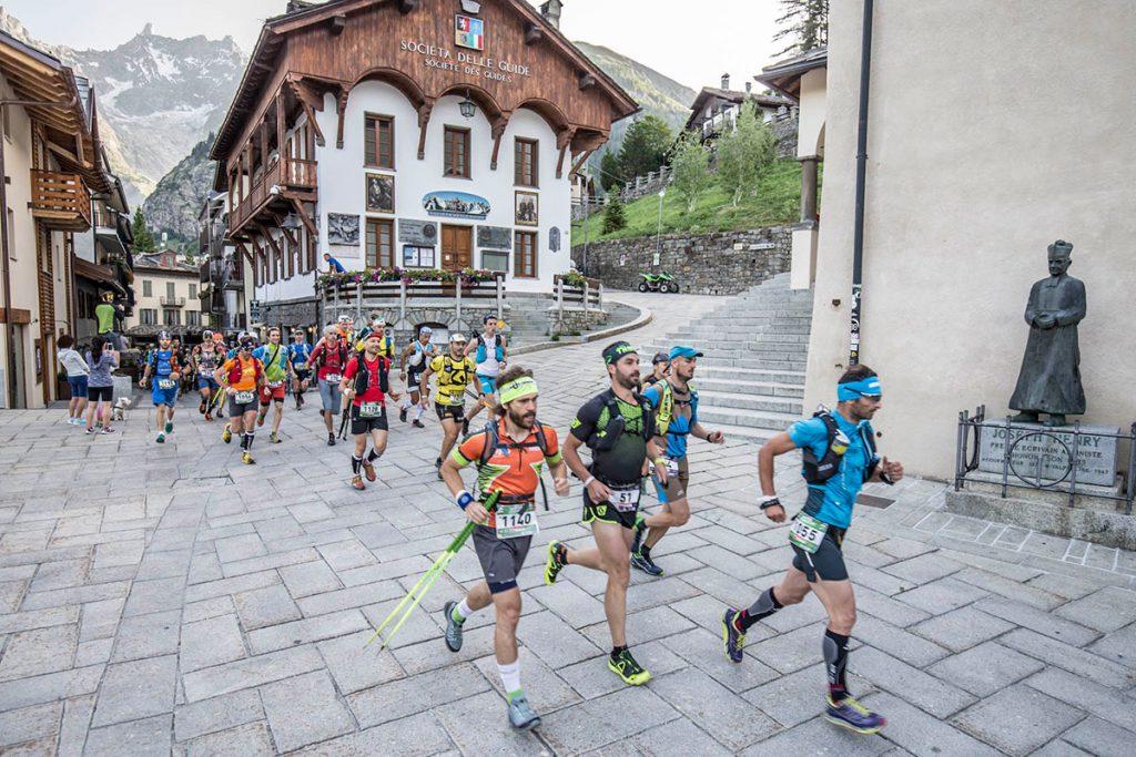 Il Gran Trail Courmayeur è l'erede del Gran Trail Valdigne, la prima gara di trail running oltre gli 80km interamente svolta sul territorio italiano. Nato nel 2007 agli albori della disciplina del trail running, divenne subito pietra miliare e punto di riferimento a livello internazionale