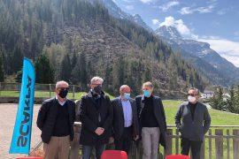 SCARPA sostiene un progetto per ripristinare la vegetazione nei dintorni del Lago di Alleghe distrutta dalla tempesta Vaia del 2018.