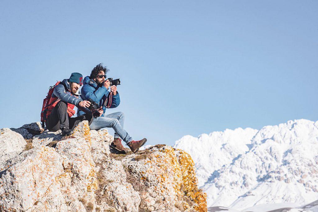 Dolomite organizza l'Outdoor Photo Adventure, uno spettacolare workshop di fotografia outdoor alla scoperta dell'Abruzzo più selvaggio dal 28 al 30 maggio.