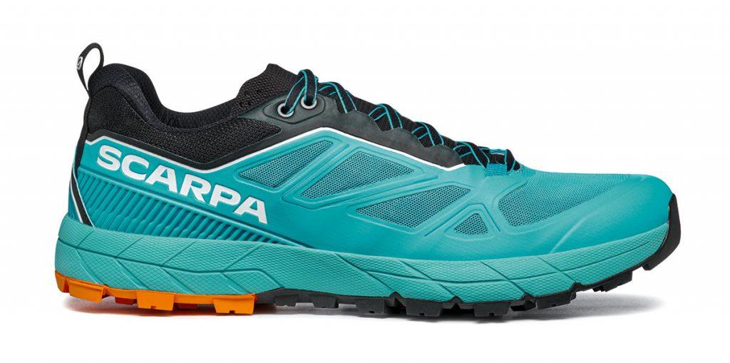 RAPID è la scarpa avvicinamento per muoversi velocemente su terreni montani. Molto leggera, facile da attaccare all'imbrago e prestante nelle discese.