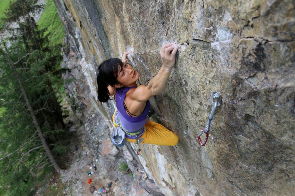 Katherine Choong, membro del Mammut Pro Climbing Team