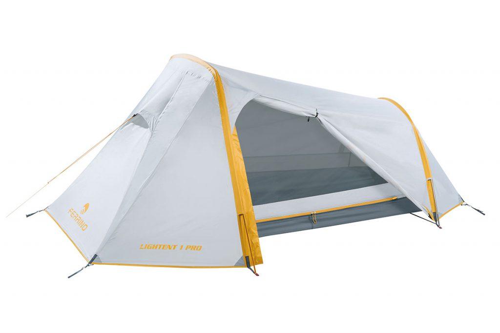 Compatta tenda ultraleggera Ferrino Lite Lightent Pro nella versione da 1, 2 e 3 posti pensata per essere il riparo di trekker, hiker e cicloturisti.