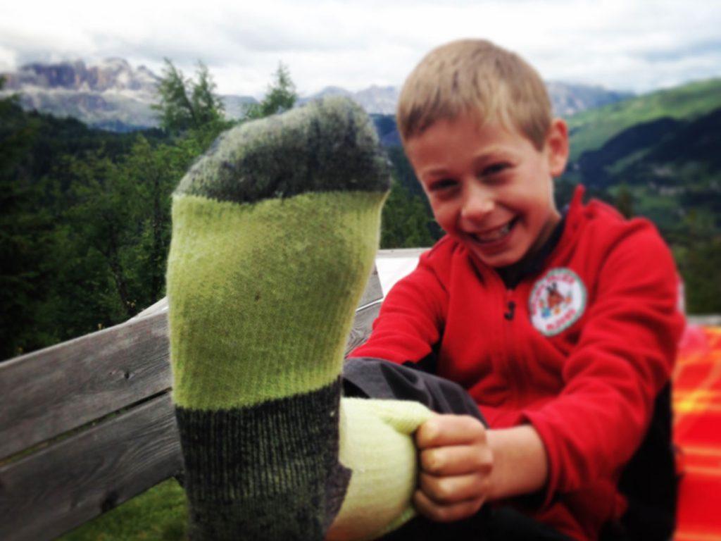 ELBEC è il marchio di un'azienda che produce calze in lana merinos per il trekking, l'alpinismo e l'outdoor in generale. I prodotti si differenziano per la qualità dei materiali e per l'attenzione all'ambiente in tutte le fasi di produzione.